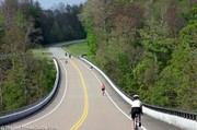 bicyclists-and-motorcyclists-on-natchez-trace-parkway.jpg