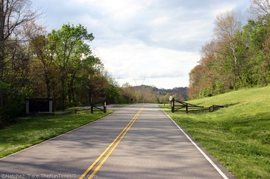 milemarker-442-and-exit-from-natchez-trace-parkway.jpg