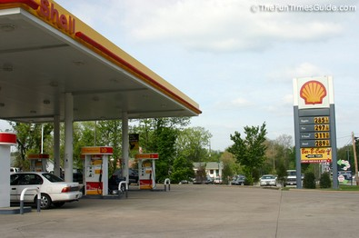 shell-gas-station-hwy-100.jpg