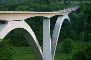 white-natchez-trace-bridge